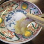手打蕎麦 みたか - 谷中生姜を塩で