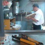 30072824 - 刀削麺の妙技