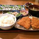 旬菜厨房 恵比須屋 - アジフライ定食(ご飯大盛り)+トロしめ鯖刺身