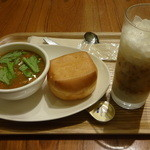 有楽町カフェ&ダイニング バイ ロイヤル - モーニングBセット:450円 (2014/8)