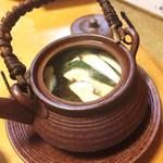 波の華 - 松茸土瓶蒸し