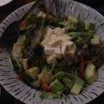30092852 - 豆腐とアボカドのサラダ(680円)