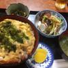 きみしま - 料理写真:親子丼&豆腐サラダ&いわしのピリ辛煮ランチ 850円