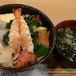 千寿司 - 千寿司 葛西店 ランチサービスちらし 600円 + お椀 150円(共に税抜)