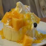 30099636 - マンゴーのパンケーキ