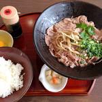 あさ家 - 飛騨牛ぶっかけうどんと玉子かけご飯のセット(1,150円)