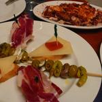 COSTA GALLEGA - 料理写真:ピンチョス、蛸のガリシア風、コロッケ