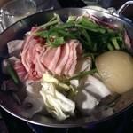 30104542 - 野菜たっぷり国産豚のコラーゲン入りヘルシーキムチ鍋