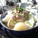 30104545 - コラ-ゲン入りヘルシーもつ鍋(しょうゆ味、味噌味)「博多中洲 五臓六腑」のもつ使用