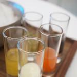 インターセクトバイレクサス - 別添えの蜜が5種類♪