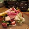 カイトの逸品を集めた、がっつり前菜9種盛り。まずはこれ!!