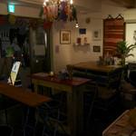 アートバブー イチヨンロク - 多国籍料理や世界各国のお酒を楽しめます!