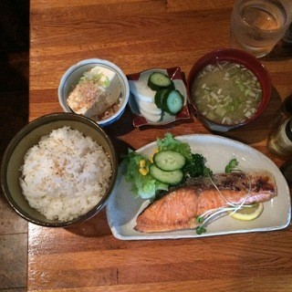 きーとどん - 焼鮭定食950円