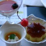 アゼリア - 2010年1月 レアチーズムース、プリン、マンゴームース