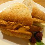 びーんず - ソフトフランスパン(ピーナッツバター+バナナ ¥190)