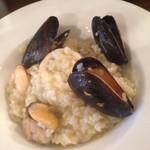 30144851 - 牡蠣と魚介のリゾットバジル風味