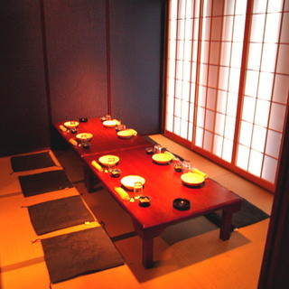 完全個室12部屋、2名~120名までOK、プライベート空間を