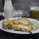 新味覚 - 餃子と牛乳とビール