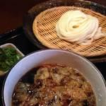 手打かすうどん 香粋一 - 料理写真:【ざるカスうどん】温かい出汁に冷たいうどんを付けて頂くつけ麺です。夏にはもってこいのうどんです!!