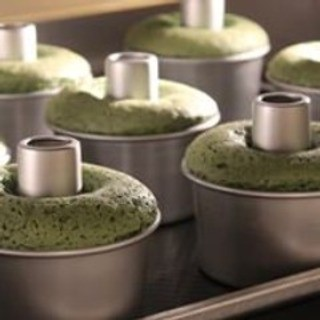 究極のシフォンケーキは特製の南蛮釜バッケンで焼きあげます♪