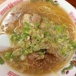 30164889 - (台湾)ラーメン ¥450 スープの表面にイイ感じの膜が…