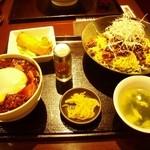 都来 - 冷やし汁なし担担麺&ミニ麻婆丼セット 980円