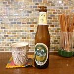リトル スパイス - アジア系のビールも揃っています。
