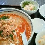 中華食房 天天 - 坦々麺Cセット