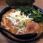 らぁ麺 はせ川 - らぁ麺(並)、ほうれん草トッピング