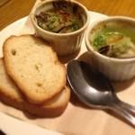 チキン プレイス - 牡蠣のエスカルゴソース