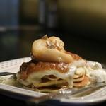adito - 桃とろりチーズパンケーキ【限定もん】