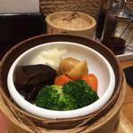 横濱 蒸籠 - セットの蒸篭野菜