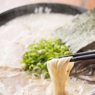 麺とスープに納得がいくまでこだわった、やみつきになるラーメン