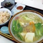 市場食堂 - 味噌汁500円