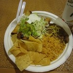Maui Tacos - 2012年のTaquitos Platter(タキトス・プラター)$8.95