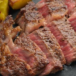 本日のお肉料理(熊本県産えこめ牛赤身肉サーロインのグリル)
