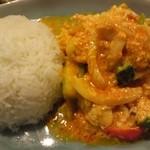 本格タイ料理 タイの食卓クルン・サイアム 自由が丘店 - 海鮮のふわふわ卵いりカレー