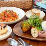 ベビーリーフ - 料理写真:パスタCランチ(前菜3種+スープ+サラダ+パン+デザート+ドリンク)1500円