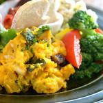 ベビーリーフ - 彩り鮮やかな前菜盛り合わせです。