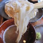生そば・下山 - 「大根の搾り汁」は、「味噌」と「カエシ」で味を調整