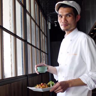 タイ人シェフによる本場の味をお届けします!