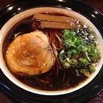金久右衛門 本店 - 大阪ブラック細麺(720円)