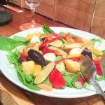 シェアーズ キッチン - フレッシュなサラダ