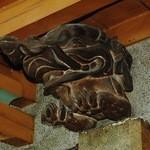日光金谷ホテル - 俵屋宗達の白象を思わせる彫り物