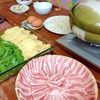 ユルリサロン×ハナウタカフェ - 鍋コースで食べられる生産者直送の山形高畠産、嶋倉豚は入手困難。