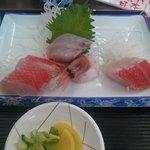 地魚食事処 さかなや - お刺身❀