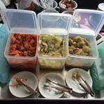 桂花楼 - ランチ時はキムチ・白菜漬け・搾菜は食べ放題♪