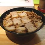 北大塚ラーメン - 激辛(半) チャーシュー麺(並)