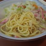 せんぼんぐらばー館 - せんぼんぐらばー館の長崎チャンポンの麺(14.08)