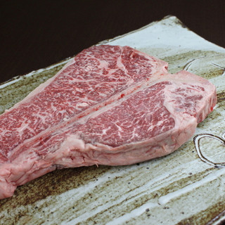 新鮮なお肉を入荷しています